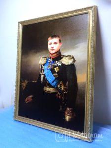 портрет парня на холсте